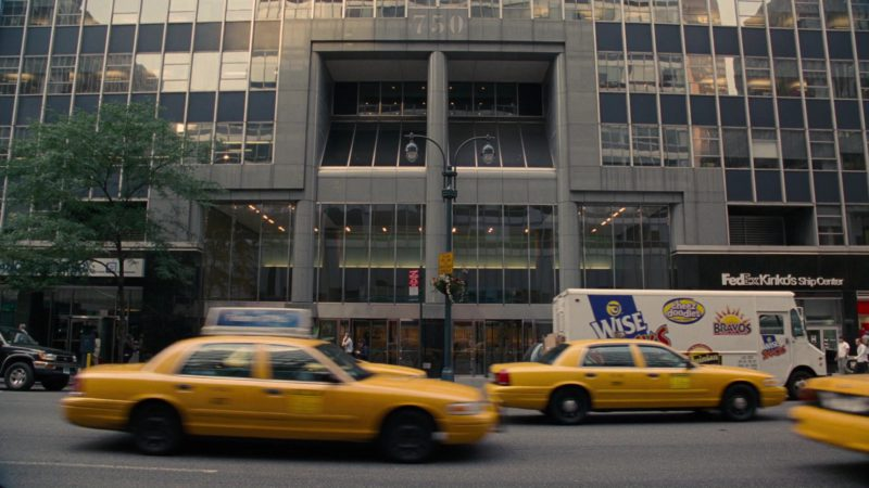 Wise Snacks Truck and FedEx in How to Lose Friends & Alienate People (2008) Movie Product Placement