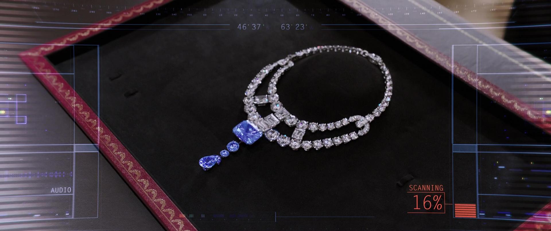 Cartier Toussaint Necklace In Ocean S 8 2018 Movie