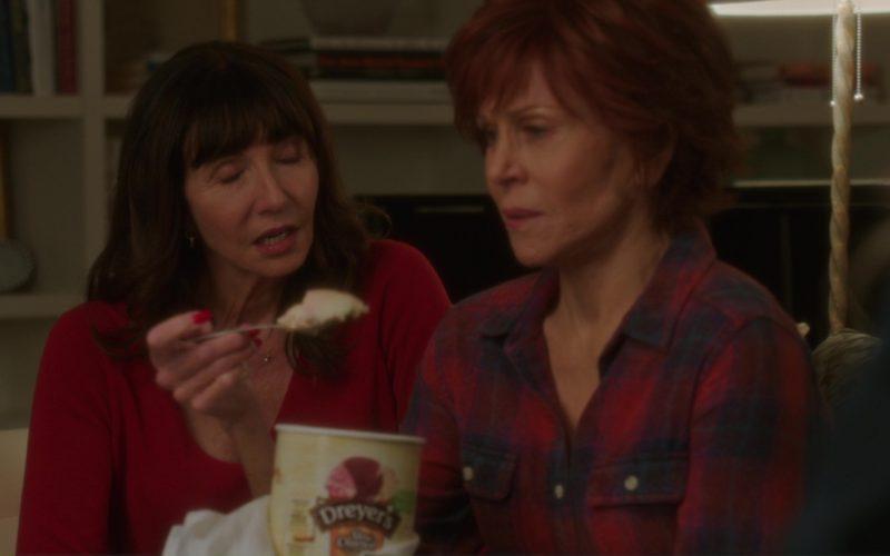 Dreyer's Ice Cream Held by Jane Fonda in Book Club (9)
