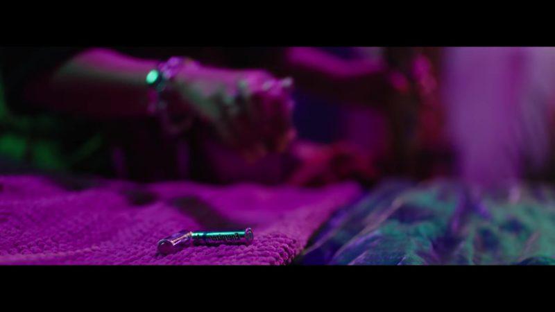 "Energizer Batteries in ""Mi Cama"" (Remix) by Karol G, J. Balvin ft. Nicky Jam (Remix, 2018) Latin Music Video Product Placement"