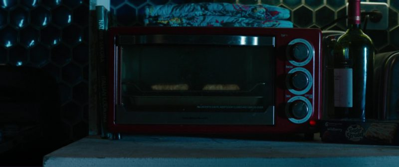 Hamilton Beach Microwave Oven Used by Ryan Reynolds and Pillsbury Raspberry Toaster Strudel in Deadpool 2 (2018) - Movie Product Placement