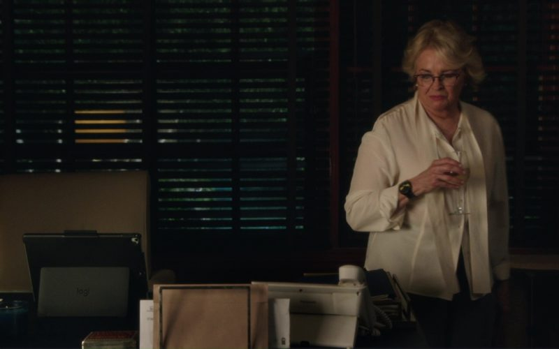 Logitech iPad Keyboard Case Used by Candice Bergen (Sharon) in Book Club (1)