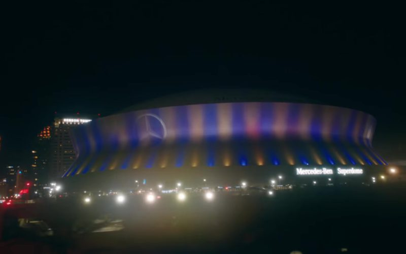 """Mercedes-Benz Superdome Multi-Purpose Retractable Roof Stadium in """"In My Feelings"""" by Drake (1)"""