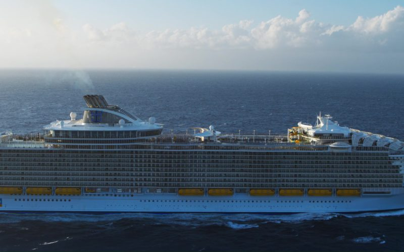 Royal Caribbean International MS Harmony Of The Seas Oasis-Class Cruise Ship in Like Father (2)