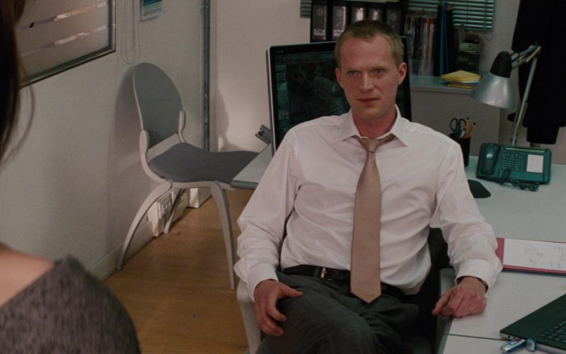 Sony Laptop and Vaio All-In-One Desktop Computer Used by Paul Bettany in The Tourist (1)