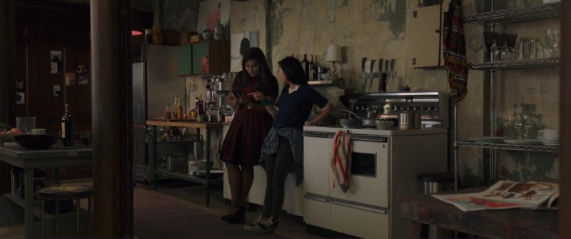 Vans Shoes Worn by Awkwafina in Ocean's 8 (2018) Movie Product Placement