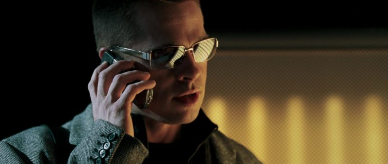 Vertu Phone Held by Brad Pitt in Mr. & Mrs. Smith (2005) - Movie Product Placement