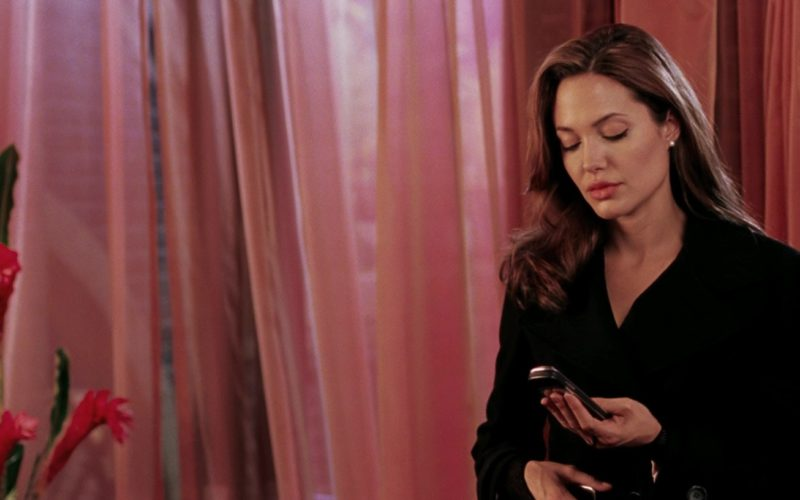 Vertu Phone Used by Angelina Jolie in Mr. & Mrs. Smith (2005)