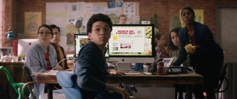 Apple iMac Computer Used by Justice Smith and Dr Pepper Soft Drink in Jurassic World: Fallen Kingdom (2018) - Movie Product Placement