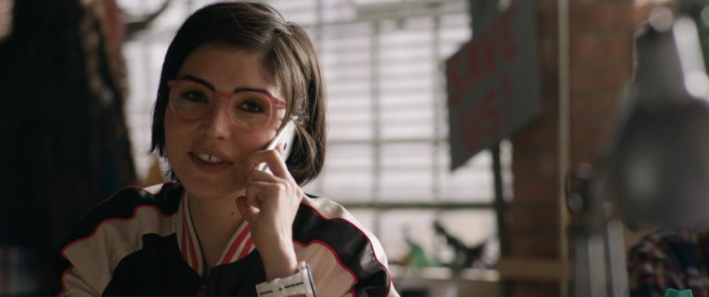 Apple iPhone Smartphone Used by Daniella Pineda in Jurassic World: Fallen Kingdom (2018) Movie Product Placement
