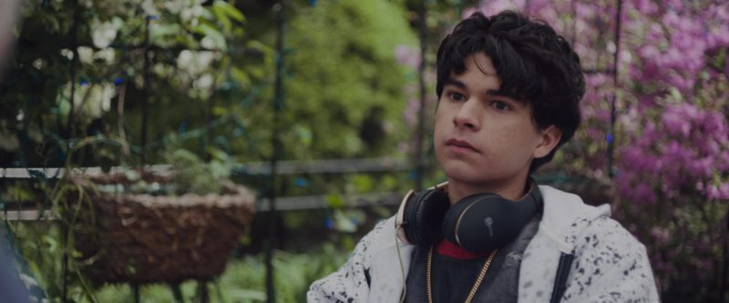 Biconic Headphones Used by Daniel Zolghadri in Alex Strangelove (2018) Movie Product Placement