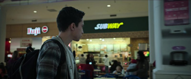Fuji Store and Subway Restaurant in Sicario: Day of the Soldado (2018) - Movie Product Placement