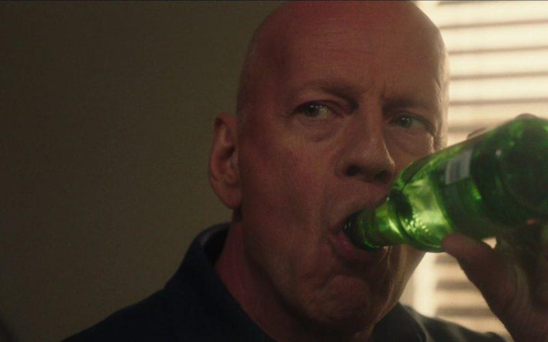 Heineken Beer Drunk by Bruce Willis in Reprisal (3)