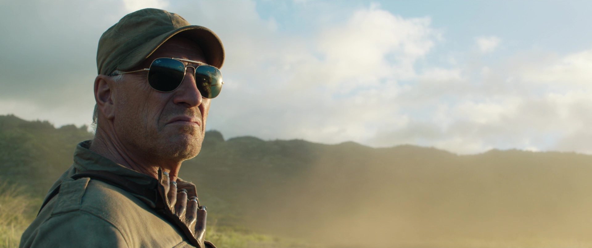Ray-Ban Sunglasses Worn by Ted Levine in Jurassic World ...
