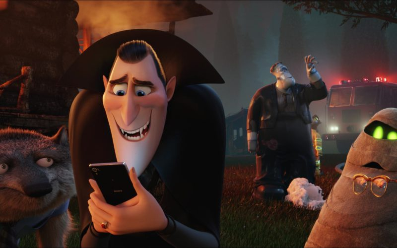 Sony Xperia Smartphone Used by Dracula in Hotel Transylvania 2 (46)