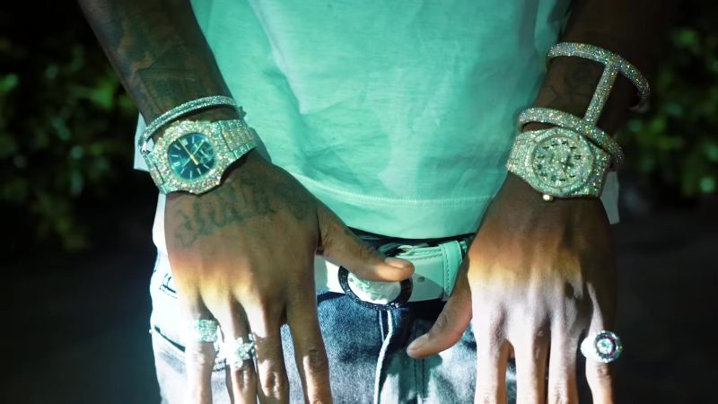 Versace Belt Worn by YoungBoy Never Broke Again in No Mentions (2018) Official Music Video Product Placement
