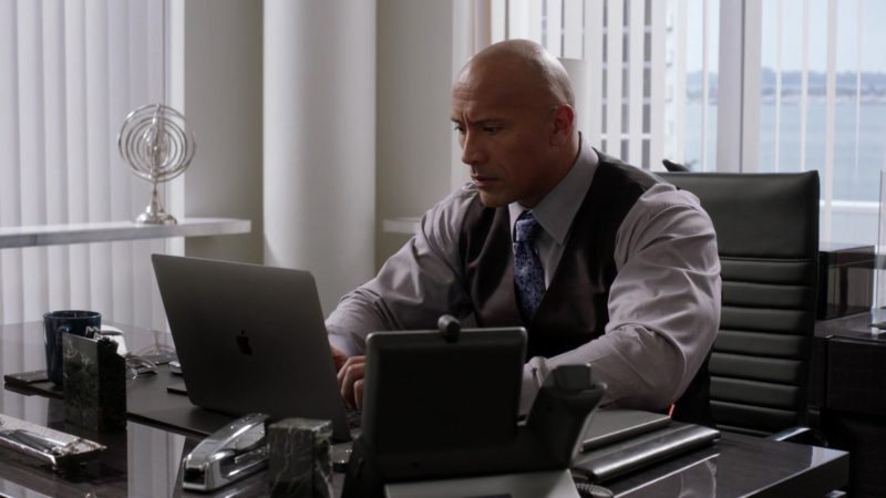 "Apple 15-inch MacBook Pro (Space Gray) Laptop Used by Dwayne Johnson in Ballers: Season 3, Episode 1, ""Seeds of Expansion"" (2017) - TV Show Product Placement"