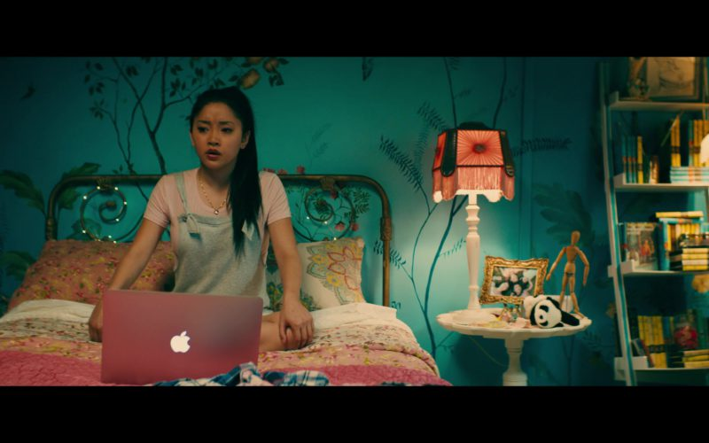 Apple MacBook Pro Laptop Used by Lana Condor in To All the Boys I've Loved Before (2)
