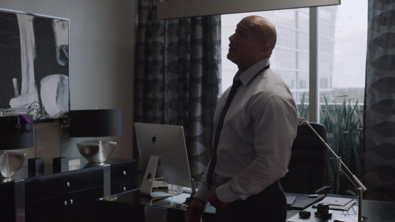 """Apple iMac Computer Used by Dwayne Johnson in Ballers: Season 1, Episode 10, """"Flamingos"""" (2015) TV Show Product Placement"""
