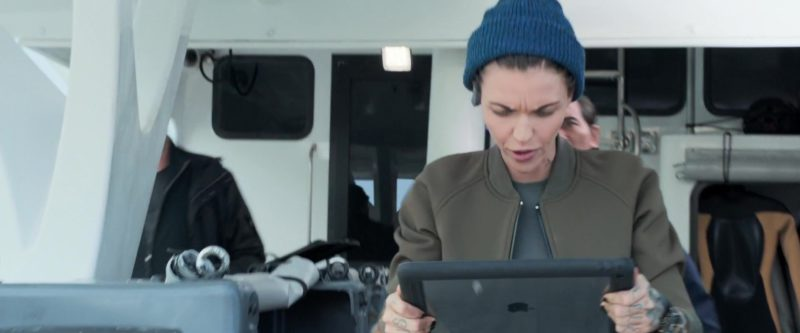 Apple iPad Tablet Used by Ruby Rose in The Meg (2018) Movie Product Placement