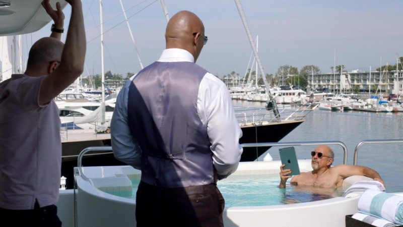 """Apple iPad Tablets in Ballers: Season 3, Episode 3, """"In the Teeth"""" (2017) - TV Show Product Placement"""
