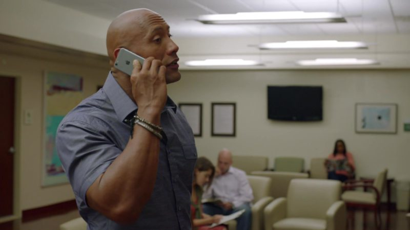 "Apple iPhone Smartphone Used by Dwayne Johnson in Ballers: Season 1, Episode 4, ""Heads Will Roll"" (2015) - TV Show Product Placement"