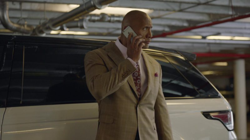 "Apple iPhone Mobile Phone Used by Dwayne Johnson in Ballers: Season 1, Episode 8, ""Gaslighting"" (2015) TV Show Product Placement"