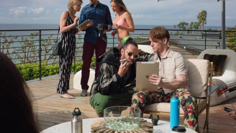 """Apple iPhone and iPad Tablet in Ballers: Season 4, Episode 4, """"Forgiving Is Living"""" (2018) - TV Show Product Placement"""