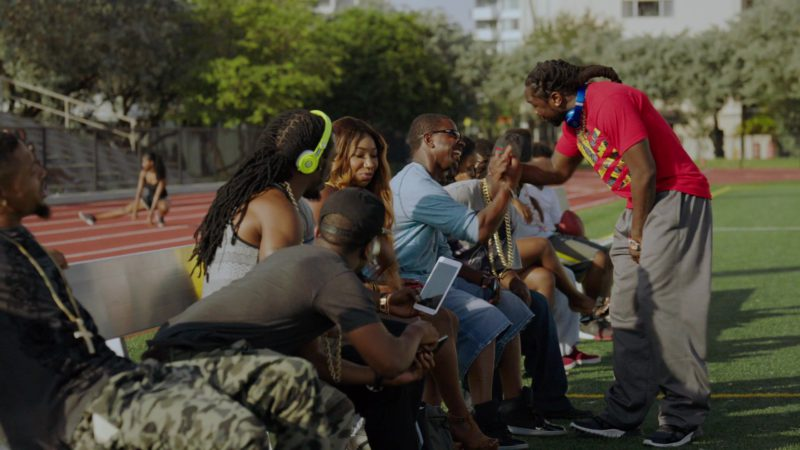 """Beats Headphones (Lime Color) in Ballers: Season 1, Episode 2, """"Raise Up"""" (2015) TV Show Product Placement"""