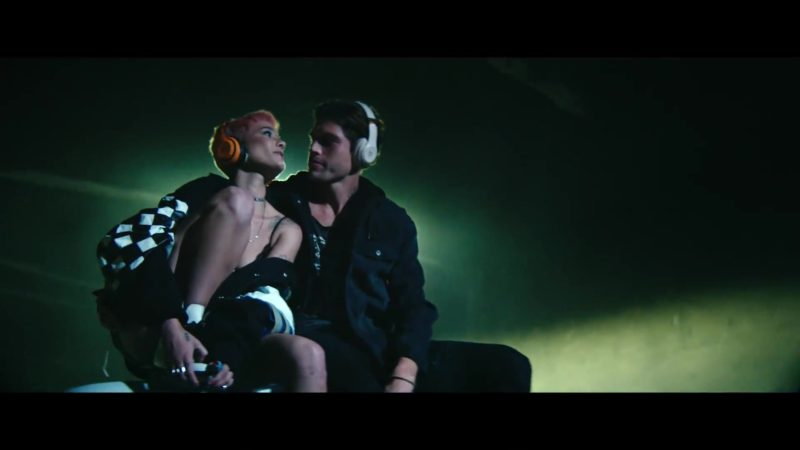 "Beats Wireless Headphones (Orange and White) in ""Without Me"" by Halsey (2018) - Official Music Video Product Placement"