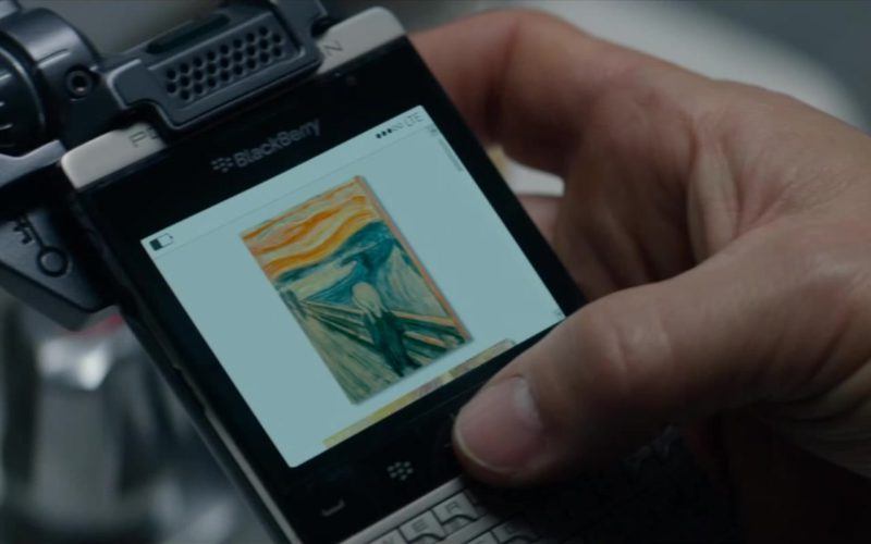 Blackberry Porsche Design Smartphone Used by Mark Wahlberg in Mile 22 (1)