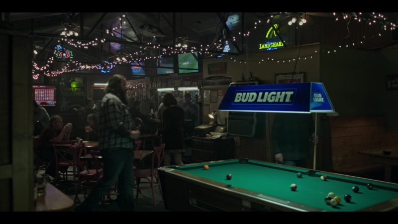 "Bud Light Pool Table Light (Lamp) in Ozark: Season 2, Episode 4, ""Stag"" (2018) TV Show Product Placement"