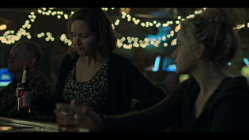 """Budweiser Beer Drunk by Jordana Spiro in Ozark: Season 2, Episode 4, """"Stag"""" (2018) - TV Show Product Placement"""
