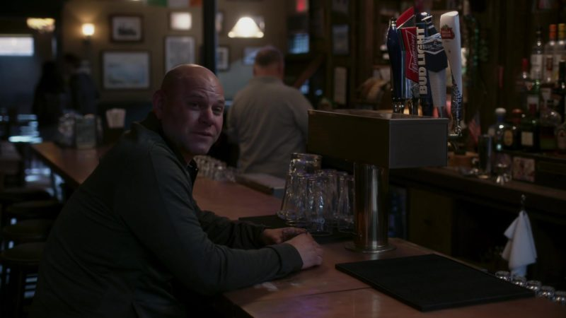 """Budweiser, Bud Light and Stella Artois Beer in Ray Donovan Season 6, Episode 1, """"Staten Island"""": Part 1 (2018) - TV Show Product Placement"""