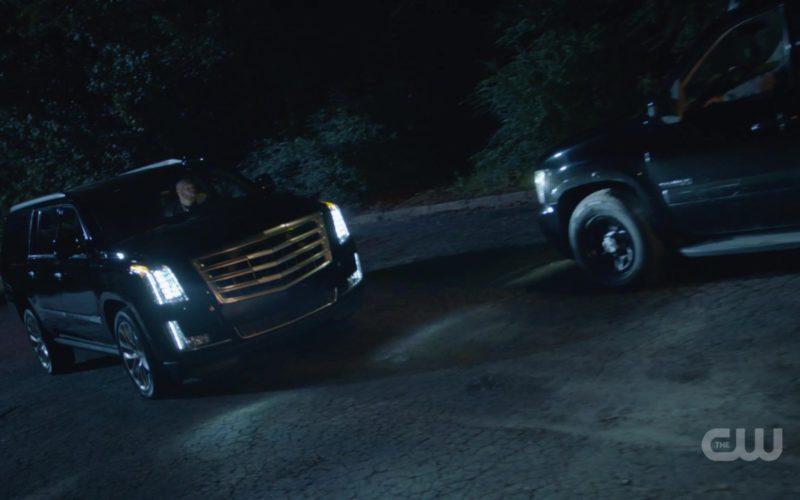 Cadillac Escalade Car in Black Lightning (1)