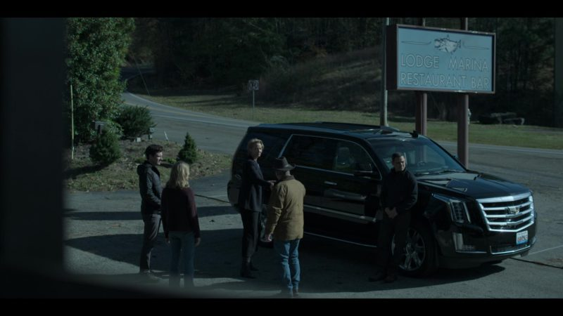 "Cadillac Escalade SUV in Ozark: Season 2, Episode 1 ""Reparations"" (2018) - TV Show Product Placement"