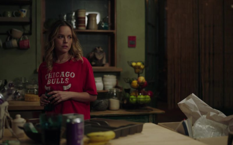 Chicago Bulls T-Shirt in A Million Little Things (1)