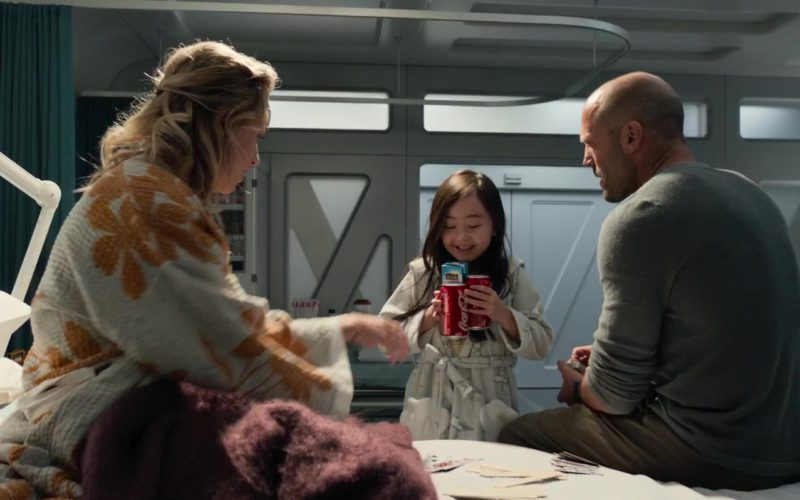 Coca-Cola in The Meg (1)