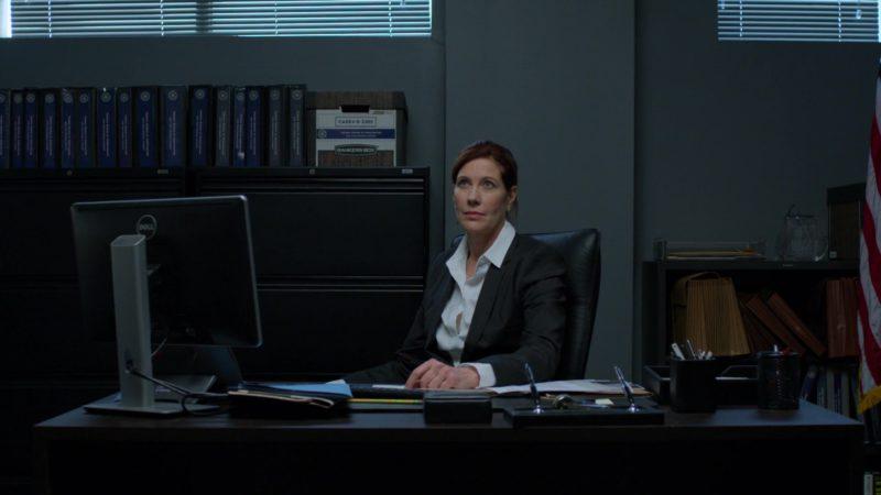 "Dell Computer in Daredevil: Season 3 Episode 2 ""Please"" (2018) TV Show Product Placement"