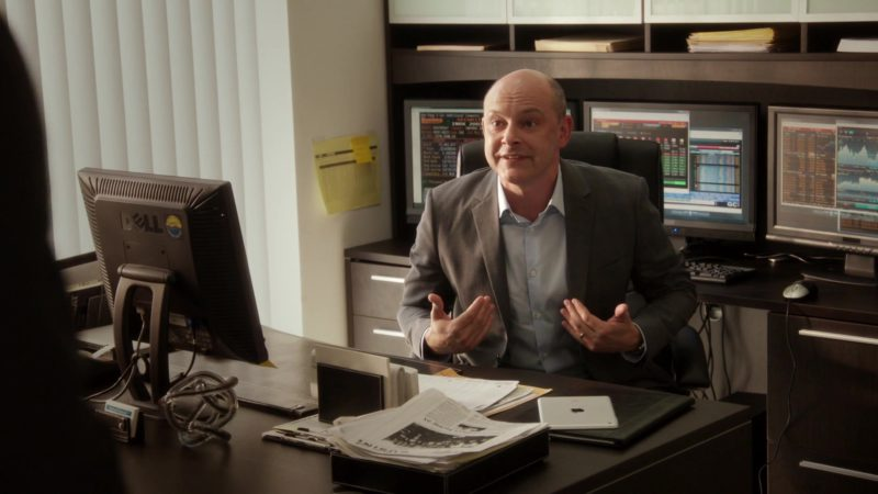 "Dell Monitor and Apple iPad Tablet Used by Rob Corddry (Joe) in Ballers: Season 1, Episode 1, ""Pilot"" (2015) TV Show Product Placement"