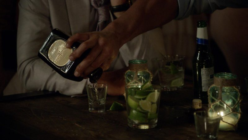 "Don Julio Tequila in Ballers: Season 3, Episode 6, ""I Hate New York"" (2017) TV Show Product Placement"