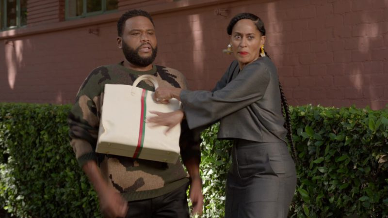 """Gucci Handbag Used by Tracee Ellis Ross (Rainbow Johnson) in Black-ish Season 5 Episode 03 """"Scarred for Life"""" (2018) TV Show Product Placement"""