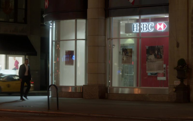"HSBC Bank in Ray Donovan Season 6, Episode 1, ""Staten Island"" (1)"