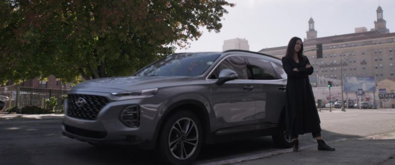 Hyundai Santa Fe SUV Driven by Evangeline Lilly in Ant-Man and the Wasp (2018, Marvel Studios) Movie Product Placement