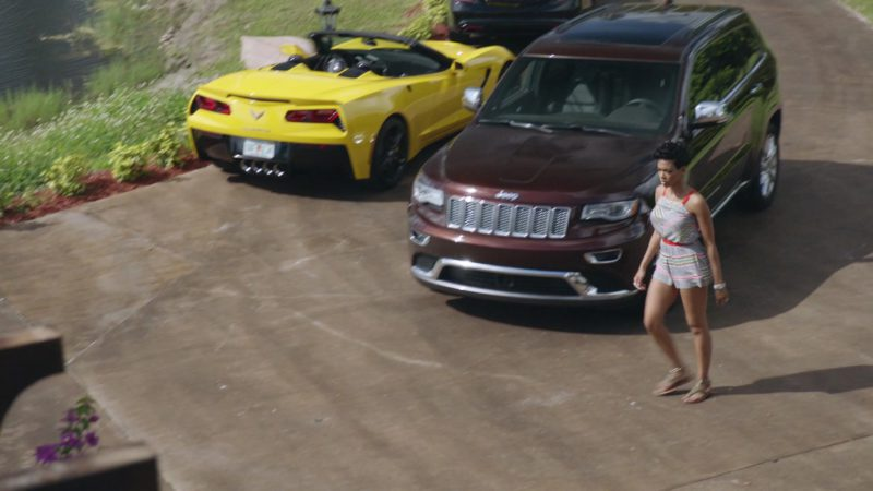 """Jeep Grand Cherokee Car Used by Jazmyn Simon (Julie) in Ballers: Season 1, Episode 6, """"Everything Is Everything"""" (2015) - TV Show Product Placement"""