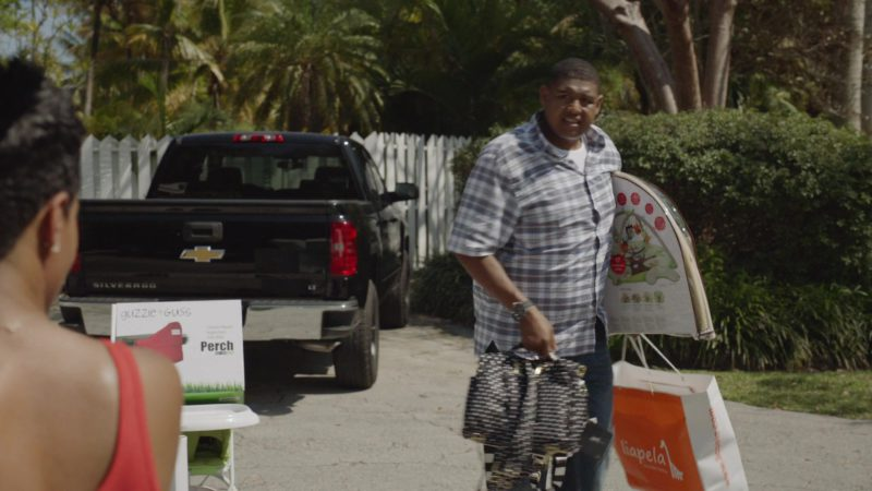 "Liapela Baby Products (Paper Bag) in Ballers: Season 1, Episode 10, ""Flamingos"" (2015) TV Show"