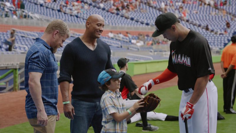 """Miami Marlins Band Nike Baseball Gloves in Ballers: Season 1, Episode 9, """"Head-On"""" (2015) - TV Show Product Placement"""