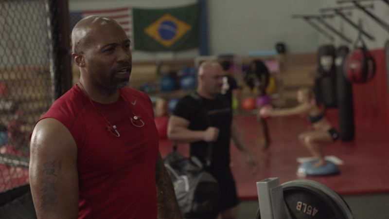 """Nike Men's Red T-Shirt and Beats Earphones in Ballers: Season 1, Episode 6, """"Everything Is Everything"""" (2015) - TV Show Product Placement"""