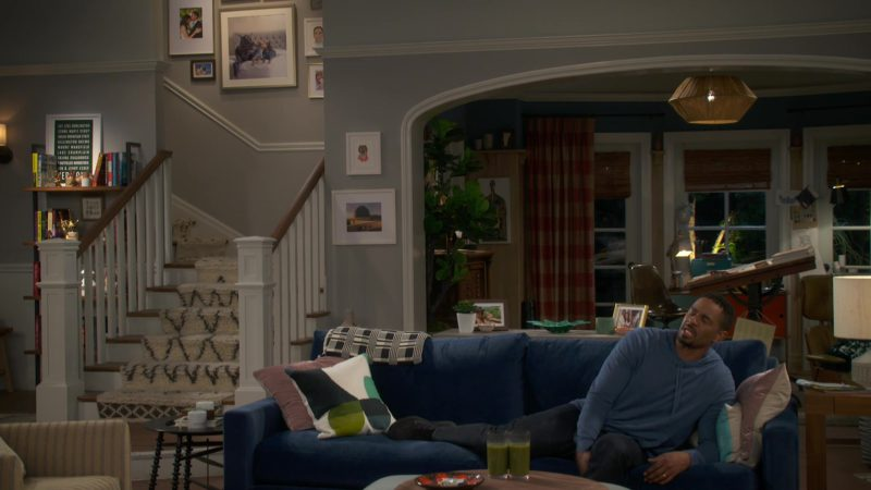 """Nike Shoes Worn by Damon Wayans Jr. (Jake) in Happy Together: Season 1, Episode 3, """"Let's Work It Out"""" (2018) TV Show Product Placement"""