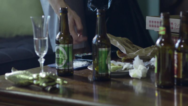 """O'Doul's Amber Non-Alcoholic Beer in StartUp: Season 1, Episode 8, """"Pro Rata"""" (2016) - TV Show Product Placement"""